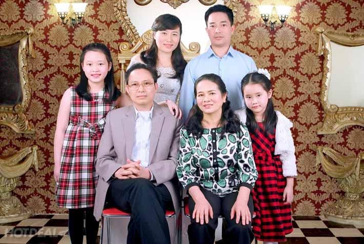 Giây phút đầm ấm quây quần bên gia đình