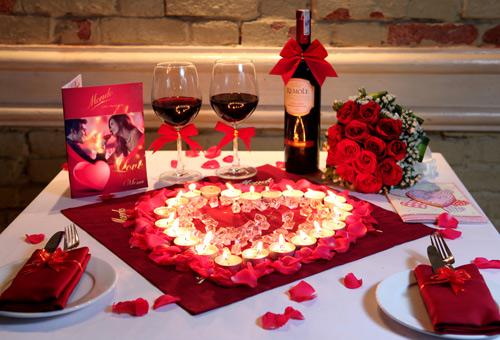 Một buổi tiệc sinh nhật cùng bạn trai du dương, lãng mạn