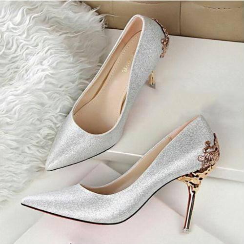Giày cao gót - món đồ ưa thích của phái đẹp
