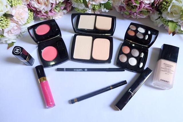 Đồ makeup - thứ con gái chưa bao giờ thấy đủ