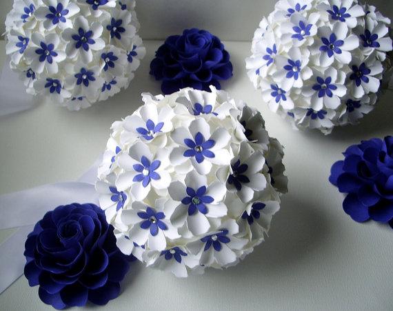 Chùm hoa hình cầu xinh đẹp