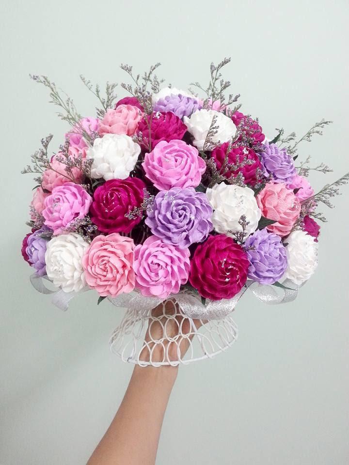Bó hoa rực rỡ sắc màu