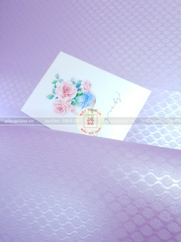Giấy gói quà cao cấp hoa văn đuôi cá màu tím