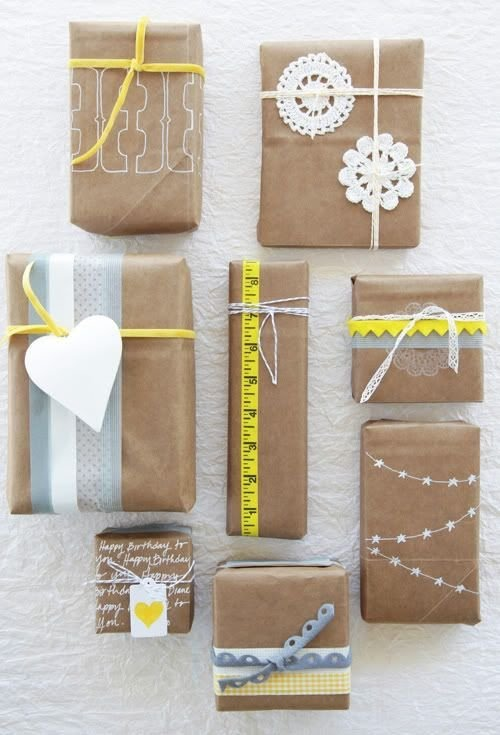 5+ cách sử dụng giấy kraft gói quà đơn giản mà đẹp mắt