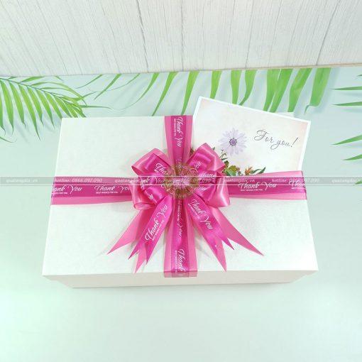Hộp quà quà HQ45 – KT 30x20x10