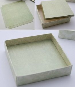 Bước 3: Dán các góc của hộp quà với nhau