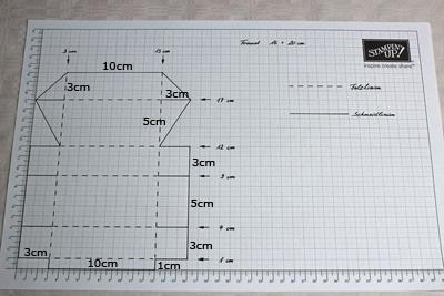 Kẻ phác thảo kích thước hộp đựng bánh Trung thu lên giấy